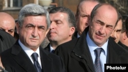 Armenia - President Serzh Sarkisian (L) and his predecessor Robert Kocharian visit Gyumri, 7 December 2008.