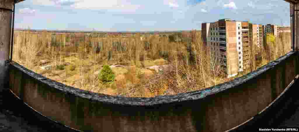 Панорама заброшенного города атомщиков