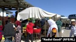 Рынок в Душанбе, май 2020 года
