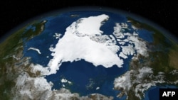 Супутникове фото NASA, яке зафіксувало рекорд танення льоду у 2007 році