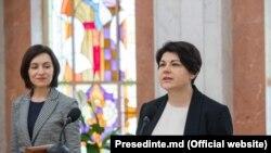 Natalia Gavrilița alături de Maia Sandu