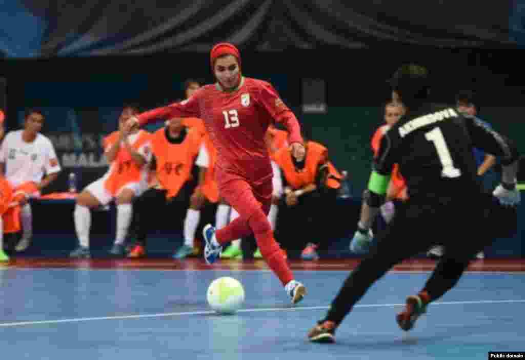 ایران در مقابل ازبکستان، ۹ بر ۱ پیروز شد. عکس از وبلاگ تخصصی فوتسال زنان ایران