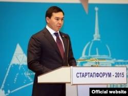 Нурали Алиев, внук президента Казахстана Нурсултана Назарбаева. Фото с сайта акимата Астаны.