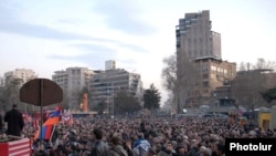 Armenia -- The opposition Armenian National Congress holds a rally in Yerevan's Liberty Square, 17Mar2011.