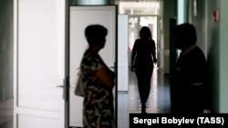 Разрешению на госпитализацию в Тбилиси предшествует целая процедура