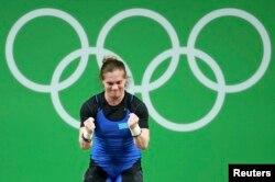 Карина Горичеваның штанганы көтергеніне қуанған сәті. Рио-де-Жанейро, 9 тамыз 2016 жыл.