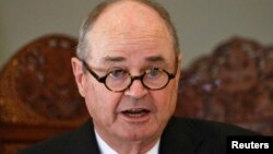 Джеймз Доббінз, спеціальний представник США з питань Афганістану і Пакистану