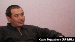 Елмурат Амиров, брат арестованной Айжангуль Амировой. Жанаозен, 14 февраля 2012 года.