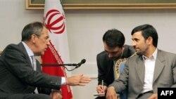سفر لاروف به تهران دو هفته پس از دیدار رییس جمهوری روسیه از ایران انجام می شود.