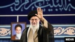 Верховний лідер аятола Алі Хаменеї