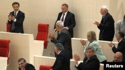 """Вето президента Саакашвили, наложенное на закон """"Об амнистии, успешно преодолено"""