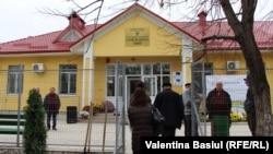 Centrul medicilor de familie de la Varniţa