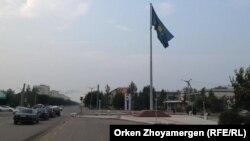 Павлодар облысы Екібастұз қаласы көшелерінің бірі.