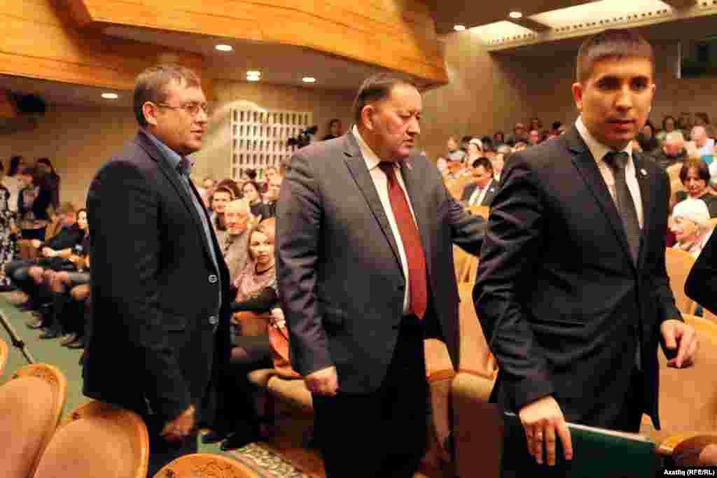 Уңнан: Татар конгрессы башкарма комитеты рәисе урынбасары Данис Шакиров һәм мәдәният министры Айрат Сибагатуллин