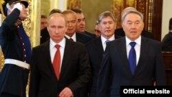 ЖККУга мүчө өлкөлөрдүн лидерлери уюмдун кезектеги саммитинде, Москва, 16-май, 2012-жыл