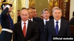 Путин бо сарони кишварҳои Осиёи Марказӣ