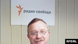 Олег Бодров намерен решительно бороться с загрязнением лесов Лениградской области. Экологи задумали провести несколько «открыточных кампаний»