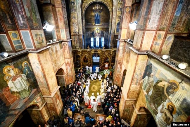 Софійський собор під час представлення томосу про автокефалію ПЦУ, 7 січня 2018 року