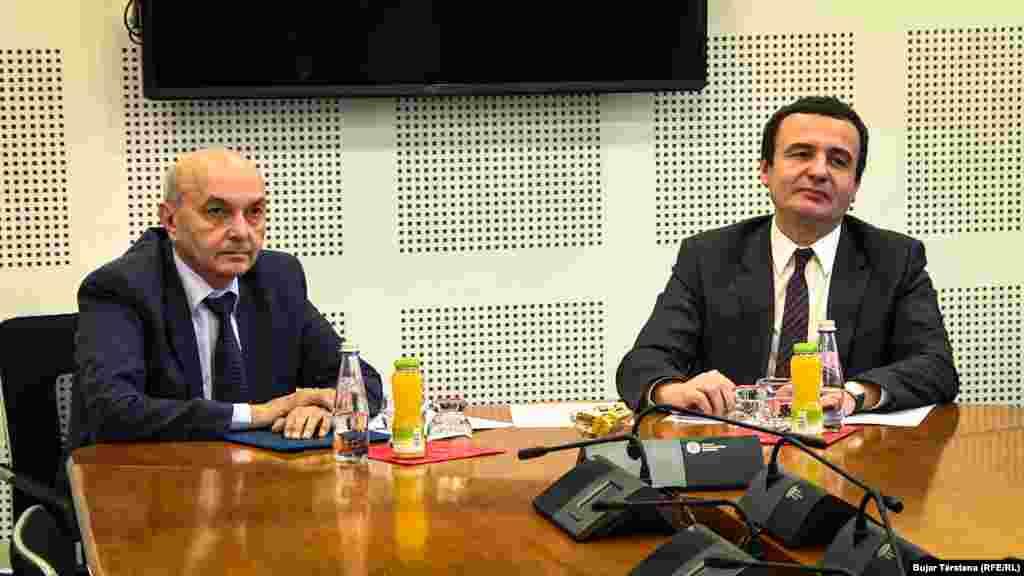 КОСОВО - Албин Курти и Иса Мустафа, лидерите на Самоопределување и на Демократскиот сојуз на Косово, не успеаја да се договорат за идната заедничка влада.