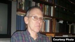 Профессор Джон Мальмстад