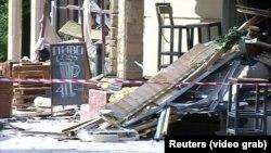 Кафе «Сепар» после взрыва.