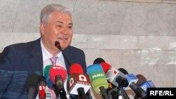 Outgoing President Vladimir Voronin