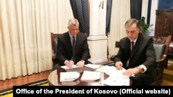 Kosovar President Hashim Thaci and Montenegrin President Filip Vujanovic