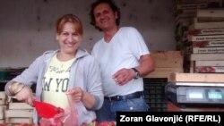 Goran i Alida na Bajlonijevoj pijaci u Beogradu