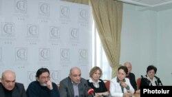 Пресс-конференция членов Совета попечителей «Народного телевидения», Ереван, 14 марта 2011 г.