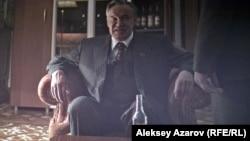 Геннадий Колбинді Сергей Гармаш сомдады.