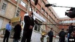 """Шломо Мор-Йоссеф, директор госпиталя """"Хадасса"""" делает заявление о состоянии Ариэля Шарона, 05 января 2006 г."""