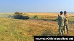 Иллистративное фото. Военные учения подразделений морской пехоты и береговых ракетно-артиллерийских войск, 11 августа 2016 года