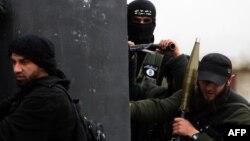 در هفتههای گذشته درگیریهای مختلفی میان گروههای شورشی رخ داده است