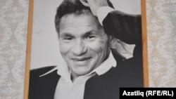 Фәнис Яруллин (1938-2011)