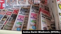 """Medijska kuća """"Hanza Media"""" koja izdaje tri dnevna lista - zagrebački """"Jutarnji list"""" , splitsku """"Slobodnu Dalmaciju"""" i """"Sportske novosti"""", tjednike """"Globus"""" i """"Gloria"""" i niz drugih izdanja smanjio je plaće svojim zaposlenicima za 30 posto"""