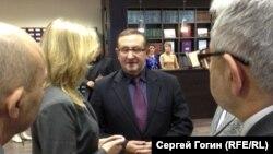 Иван Чуканов не впервые попадает в скандал с учебниками