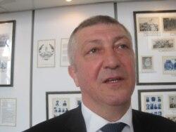 Nazim Hüseynov: Ayrılan mükafat böyük deyil