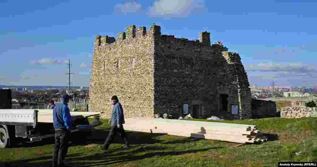 Історико-археологічний музей-заповідник «Неаполь Скіфський»
