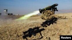 Американский военный с противотанковым ракетным комплексом «Джавелин». Иллюстрационное фото