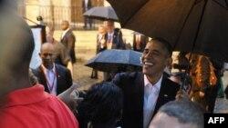 АҚШ президенті Барак Обама Гавана кафедралдық соборы алдында жұртшылықпен кездесіп тұр. Куба, 20 наурыз 2016 жыл.