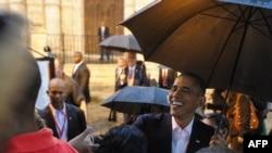 Барак Обама Гаванадагы туристтер менен. 20-март, 2016-жыл.