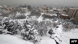 تهران در موج سرمای اخیر سفیدپوش شد.