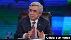 Armenia - President Serzh Sarkisian is interviewed by Armenian television, Yerevan, 2Dec2015.