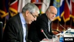 وزیر نفت ایران در سمت راست تصویر