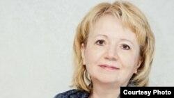 Emilia Slabunova, kryetare e partisë ruse, Yabloko