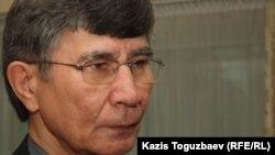 Оппозициялық саясаткер Жасарал Қуанышәлин. Алматы, 19 мамыр 2012 жыл.