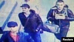 "Iýun aýynda Stambulyň aeroportynda ""Yslam döwleti"" terroristik toparynyň agzasydygy çaklanylýan üç söweşijiniň özüni partlatmagy netijesinde 41 adam öldi, 240 sanysy hem ýaralandy."