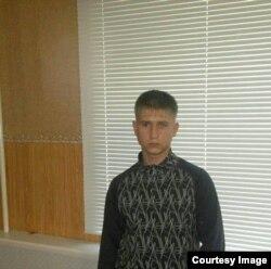 Максим Хохлов, 21 год, во время заключения в мордовском лагере