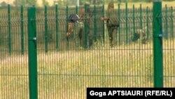 მწვანე ღობე კონფლიქტის ზონაში