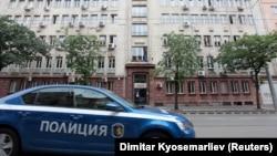 Poliția în fața clădirii Fiscului la Sofia, 16 iulie 2019